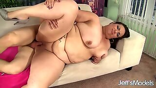 A Guy Fucks Big Bellied Plumper Angelina in Her Mouth and Pussy