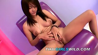 Thai teen student pays for school giving blowjobs
