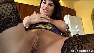 Eva Karera blow hard the hunky skin flute