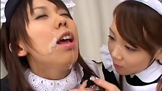 Gokkun W Maid Pies Piss Drinking