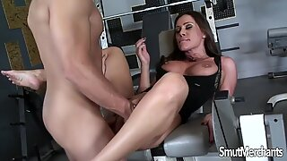 Very hot MILF fucked in gym