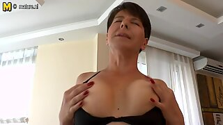 Amateur MOM fingering her ass and pussy