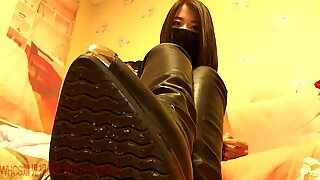 Chinese mistress JER high-heeled shoes & footwear Humiliation POV